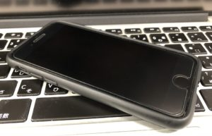 iPhone8とmacbookpro